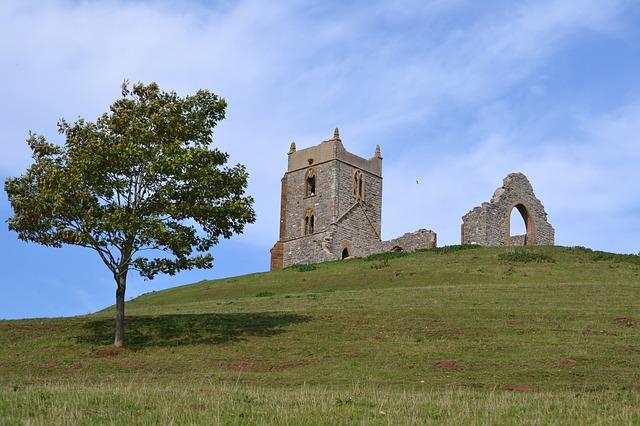 reasons to move to Somerset: Awe-inspiring castles